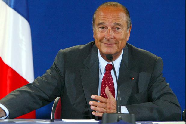 """La France prépare son hommage à Jacques Chirac, qui """"entre dans l'Histoire"""""""