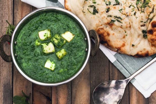 Les merveilles de la cuisine indienne: le palak paneer et son naan