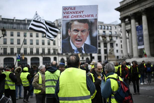 """France: manifestations de """"gilets jaunes"""" interdites sur les Champs-Elysées pour le réveillon"""
