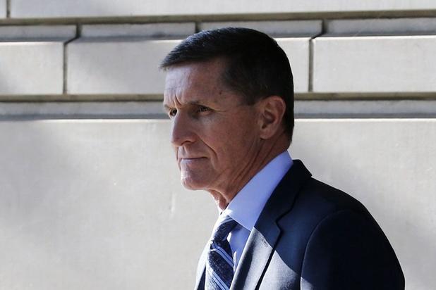 Trump gracie son ex-conseiller Michael Flynn