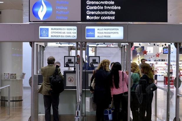 Grève du zèle de la police à Brussels Airport vendredi matin