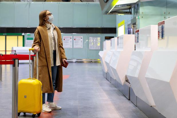 Interdire les voyages non essentiels à l'étranger, une mesure imminente