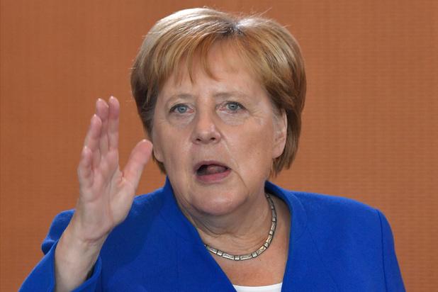 """Mise en garde d'Angela Merkel sur un Brexit """"no deal"""" avant une rencontre avec Boris Johnson"""