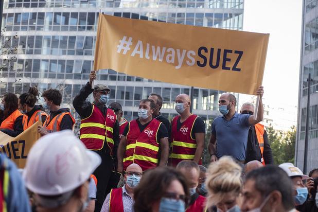 """Suez dénonce des """"conditions inédites et irrégulières"""" de l'accord entre Veolia et Engie"""