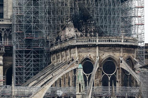 """""""Reconstruire Notre-Dame en cinq ans"""": c'est possible?"""