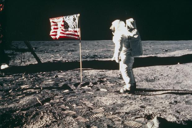 """Il y a 50 ans, Neil Armstrong faisait son """"petit pas"""" sur la Lune"""