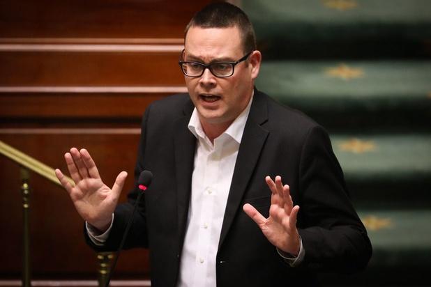 L'indemnité de sortie des députés sera plafonnée en prélude d'un débat plus large