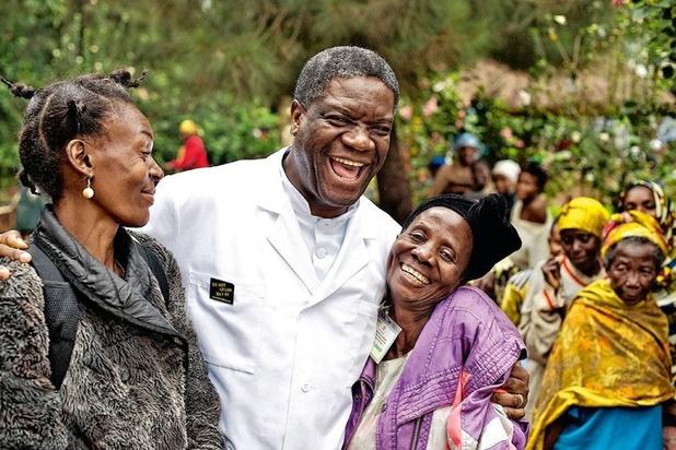 Nobelprijswinnaar Mukwege bedreigd na tweet over bloedbad in Oost-Congo