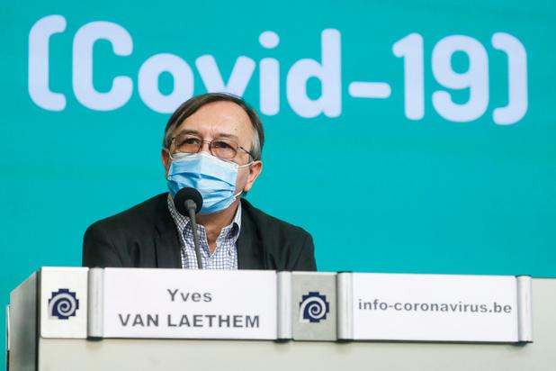 """Covid: """"Plus d'un Belge sur 100 sera contagieux la semaine prochaine"""", selon Yves Van Laethem"""