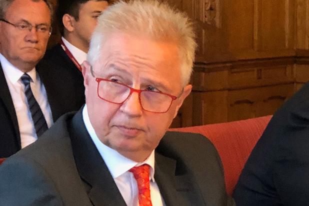 Commissie-von der Leyen: twee kandidaten moeten tekst en uitleg geven bij mogelijk belangenconflict