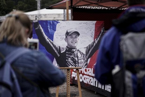 Une minute de silence en hommage à Anthoine Hubert à Spa-Francorchamps avant le GP de Belgique
