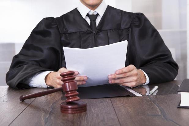 Openbare masturbatie kost Bruggeling acht maanden cel