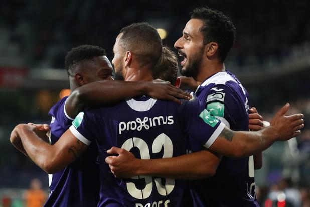 Anderlecht boekt vlotte zege tegen STVV