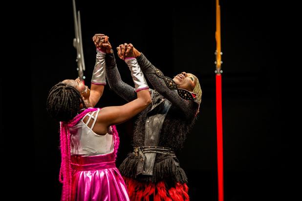 'C.a.t.c.h.' op Theater aan Zee: weg met typecasting van zwarte vrouwen