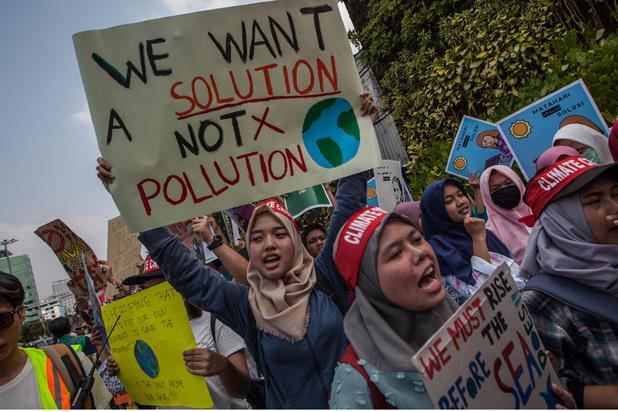 Quand les filles parlent du changement climatique, nous devrions les écouter