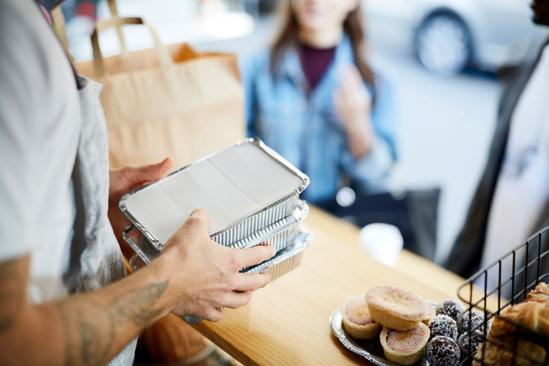 Le take-away va-t-il supplanter les restaurants?