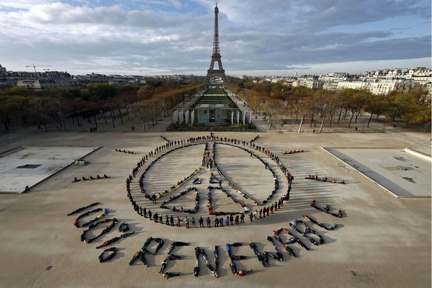 """La Chine """"déplore"""" le retrait des Etats-Unis de l'accord de Paris"""