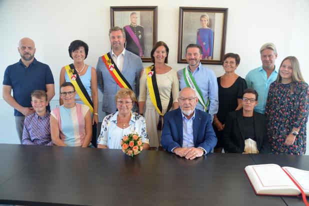 Ex-schepen Luc Vanderkerkhove en Rosa Defoirdt uit Deerlijk zijn 50 jaar getrouwd