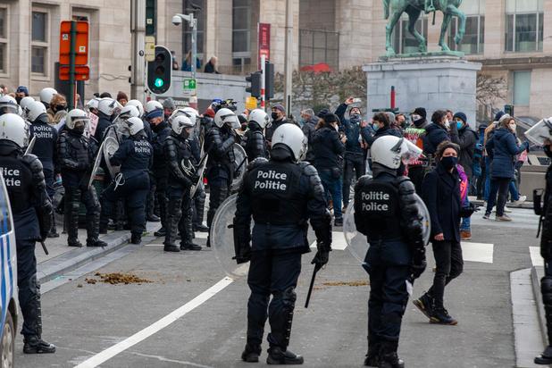 Rassemblement anti-mesures : premières arrestations à Bruxelles