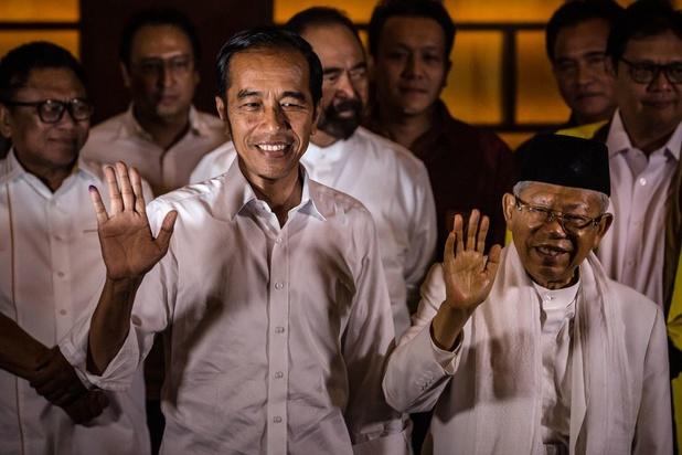 Qui est Joko Widodo, musulman modéré réélu président en Indonésie?