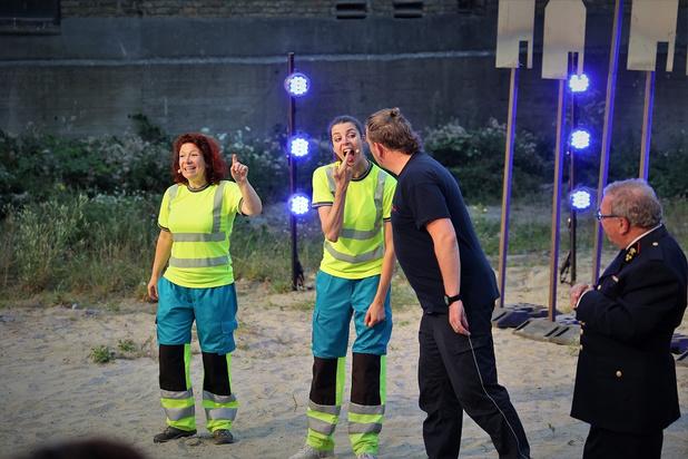 'Alles in brand' van Arne Sierens flakkert te veel tijdens Theater Aan Zee