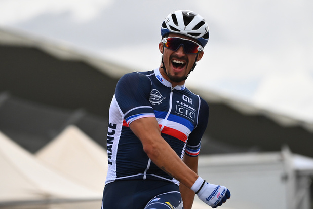 Mondiaux de cyclisme : Julian Alaphilippe sacré champion du monde en solitaire