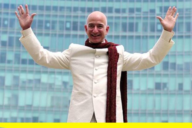 La crise rapporte encore plus au directeur d'Amazon, Jeff Bezos
