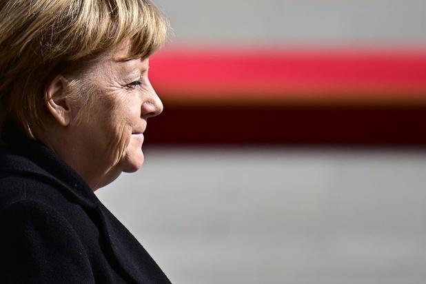 Peiling: Duitsers willen dat Angela Merkel termijn uitdoet