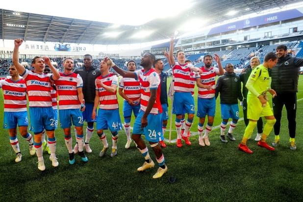 Club Brugge wint in Gent en blijft in het spoor van Genk