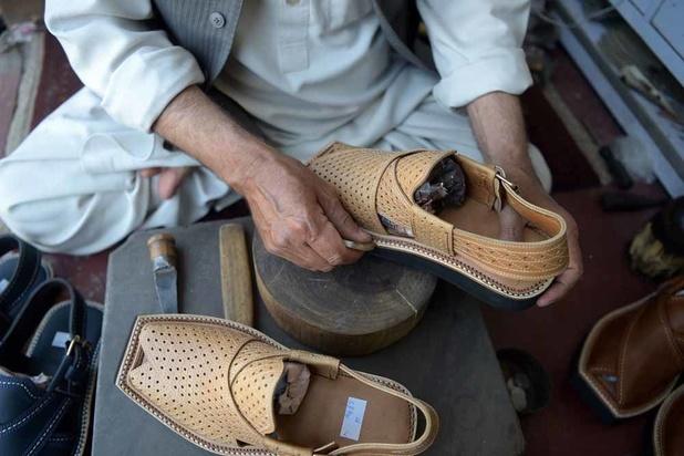 Un zeste de sandale pakistanaise chez Louboutin