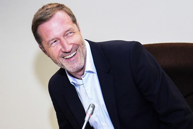 Paul Magnette verzamelt paars-groene partijen over begroting