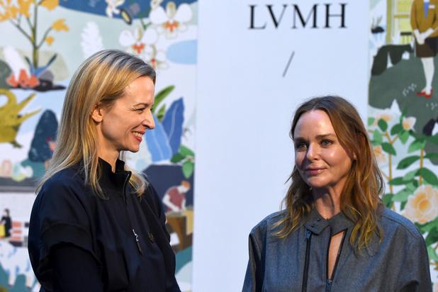 Tandis que le patron de LVMH critique Greta Thunberg, sa célèbre conseillère particulière plaide pour la planète
