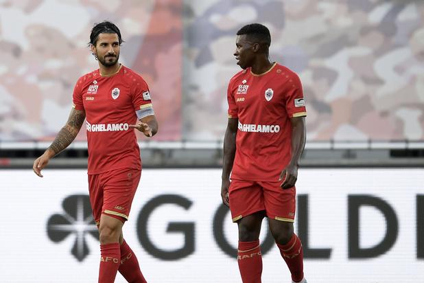 L'Antwerp bat Saint-Trond (2-0) et rejoint le Standard à un point de Bruges et de Malines