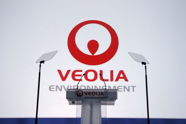 """Veolia va """"améliorer"""" l'offre de prix faite à Engie pour les parts de Suez"""