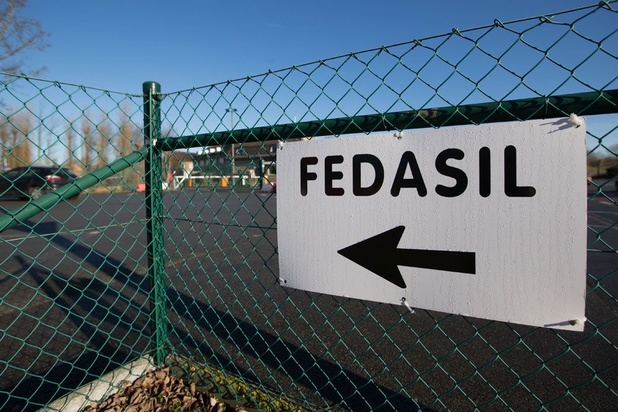 """Fedasil déplore le """"lockdown"""" d'un centre d'asile"""