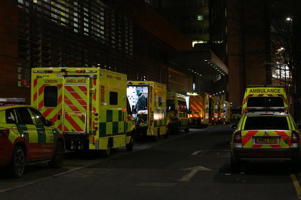 Covid: les hôpitaux de Londres fortement sous pression