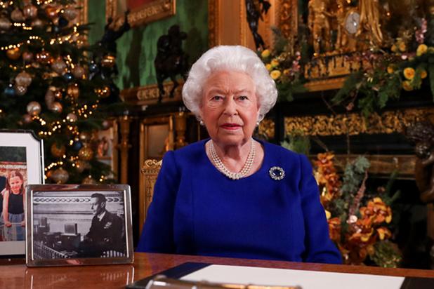 Queen in kersttoespraak: 'Het pad kan dit jaar erg heftig hebben aangevoeld'