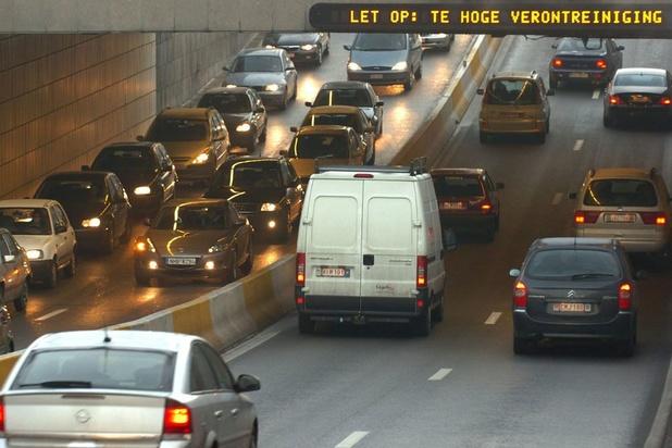 'Afscheid van fossiele auto in Brussel: wanneer volgt de rest van het land?'