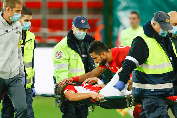 Jupiler Pro League: Le Standard émerge contre Ostende mais perd Vanheusden, sorti sur blessure