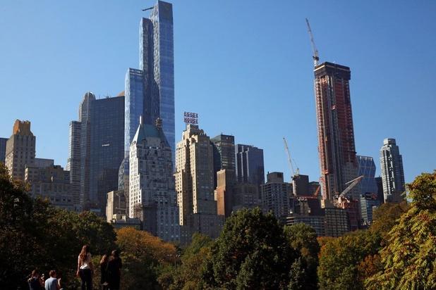 New York décrète l'arrêt de toute activité non essentielle et interdit les rassemblements