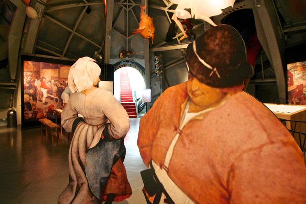 Atomium brengt leven en schilderijen van Pieter Bruegel tot leven