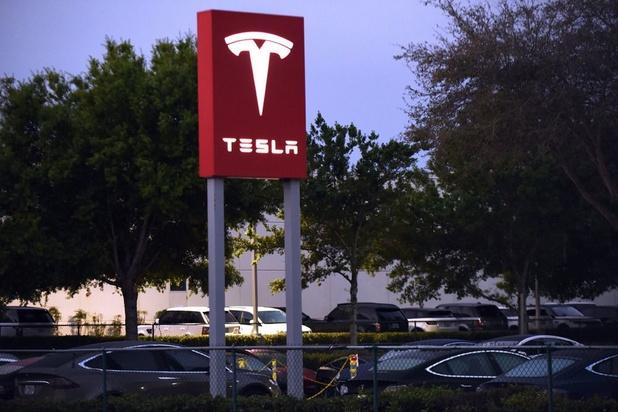 L'action Tesla dégringole
