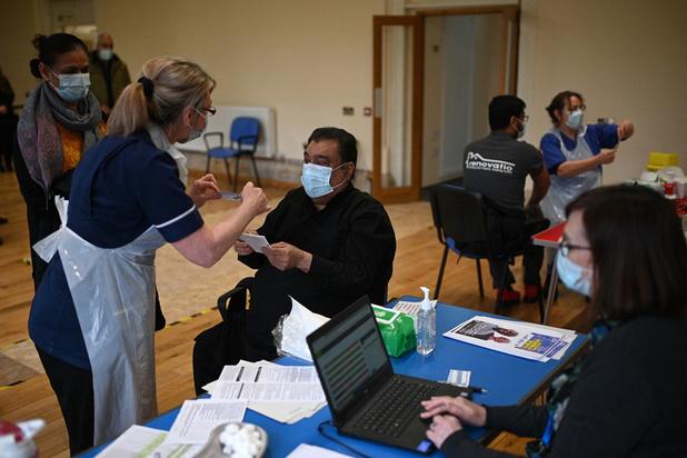 Covid: le nombre de décès dus au Covid en baisse de 41% en une semaine au Royaume-Uni