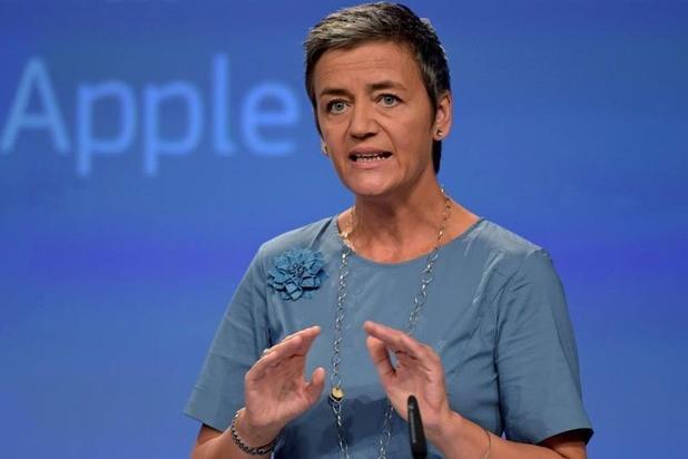 'La Commission européenne entame une enquête formelle sur un abus de position dominante de la part d'Apple'