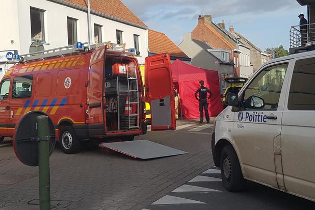 """Vrouw die onwel werd in centrum Kortemark, is overleden: """"Jongeren die hielpen, zijn echte helden"""""""