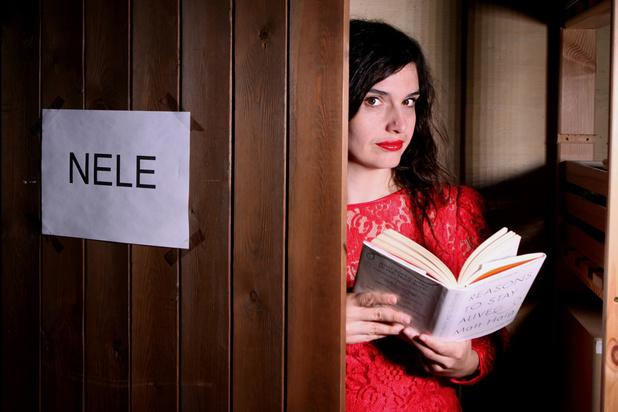 Het boek dat je Nele Van den Broeck niet mag afnemen: 'Verdrietporno. Net wat ik nodig had'