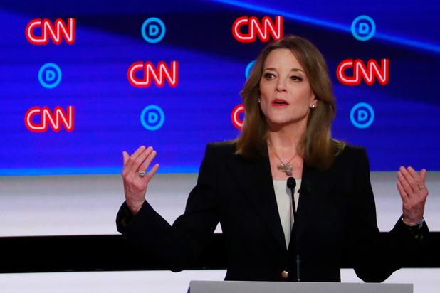 """Maison Blanche: Marianne Williamson, la """"gourou"""" d'Oprah Winfrey, jette l'éponge"""