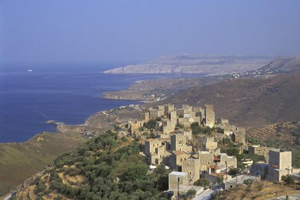 En Grèce, des villages fantômes tentent de revivre grâce au tourisme