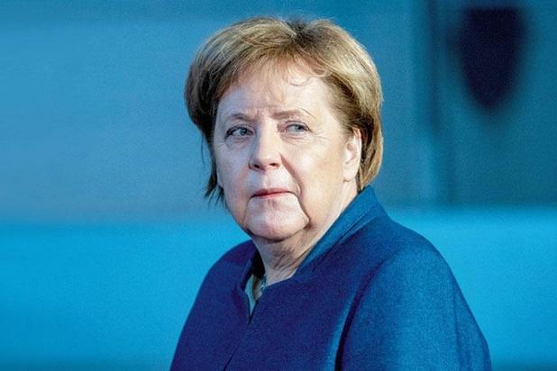 Merkel: 'Verkiezing van minister-president met extreemrechtse stemmen is onvergeeflijk'
