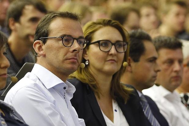 Federale regering zonder Vlaamse meerderheid? Rutten sluit het niet uit, Beke wel